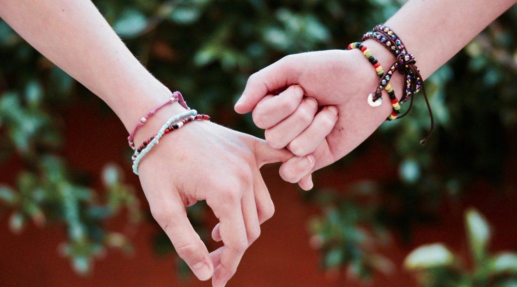 Pourquoi offrir un bracelet personnalisé à sa femme pour son anniversaire ?